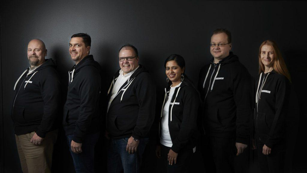 Team of VEIL.AI, six people posing for a picture.